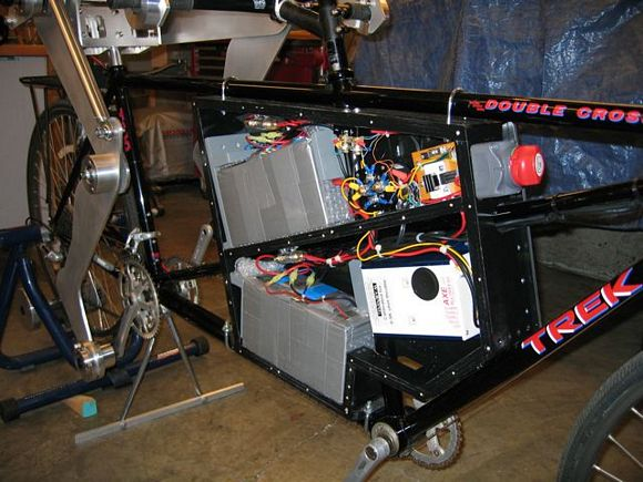Electric Tandem Bike Powered By Pedal-Pushing Robot