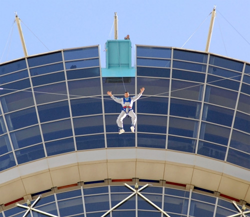 Stratosphere SkyJump Offers 855 Feet Of Controlled Free-Fall in Vegas