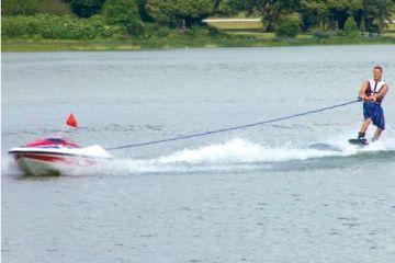 RCskiboat1