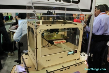 makerbot-replicator-1