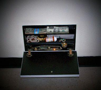 Air Vent Secret Compartment Hides Valuables In Plain Sight