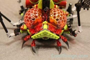 lego-hive-crawler-10
