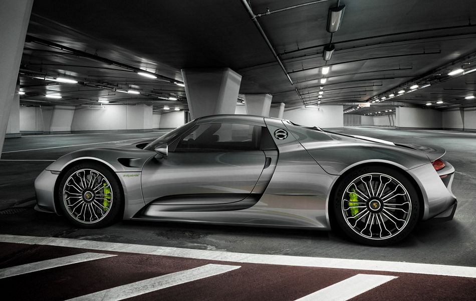 Porsche 918 Spyder Shows Up In Full Production Form