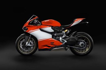 2014-Ducati-1199-Superleggera-1