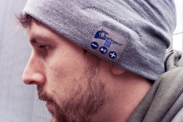 hands-free-bluetooth-beanie-2