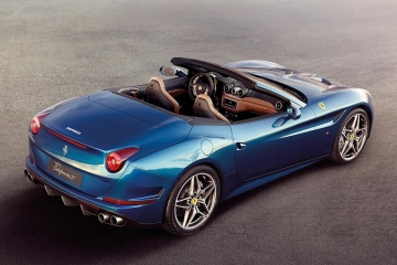 2015-ferrari-california-t-5