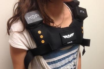 kor-fx-4dfx-gaming-vest-2