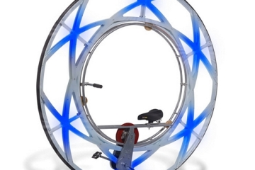 olympic-ceremony-monowheel-2
