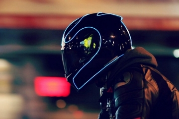 lightmode-motorcycle-helmet-1