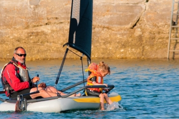 tiwal-32-inflatable-sailboat-2