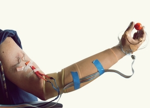 bionic-sensing-hand-1