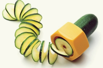 cucumbo-slicer-2
