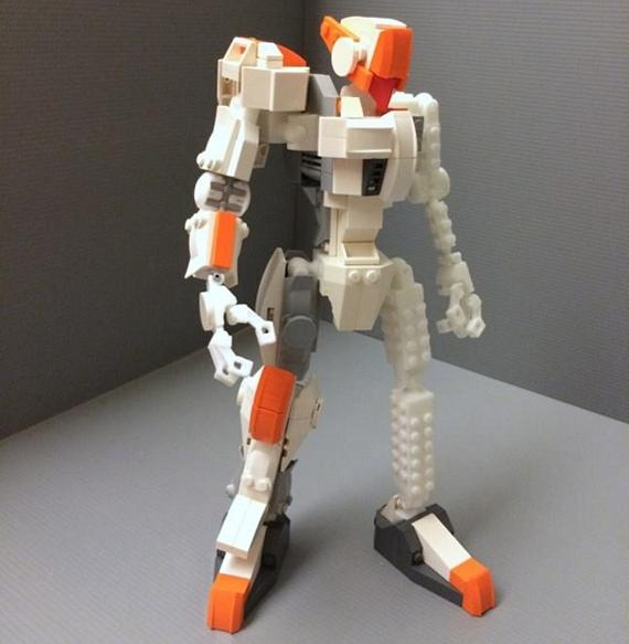 MyBuild Robot Frame Is An Articulated Skeleton For LEGO Bots