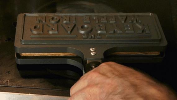 keyboard-waffle-iron-2