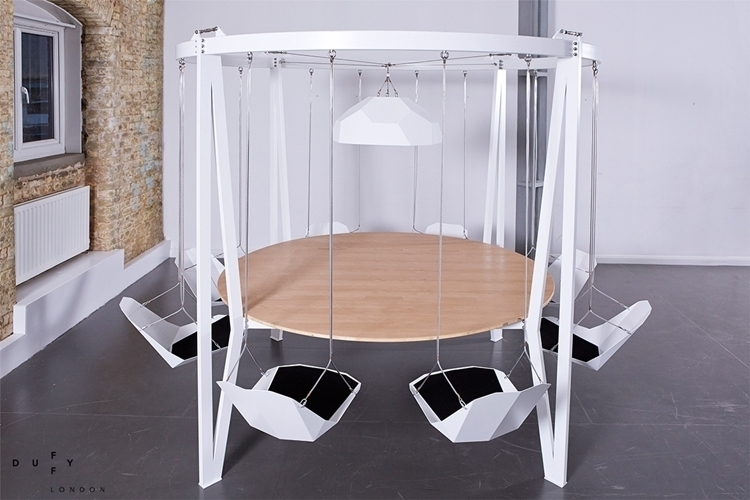 king-arthur-round-swing-table-2