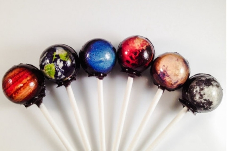 outer-space-lollipops-1