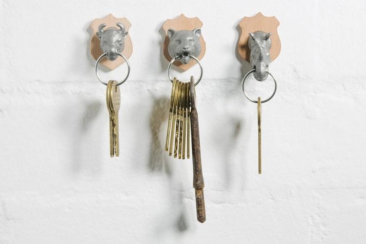 animal-head-key-holders-1