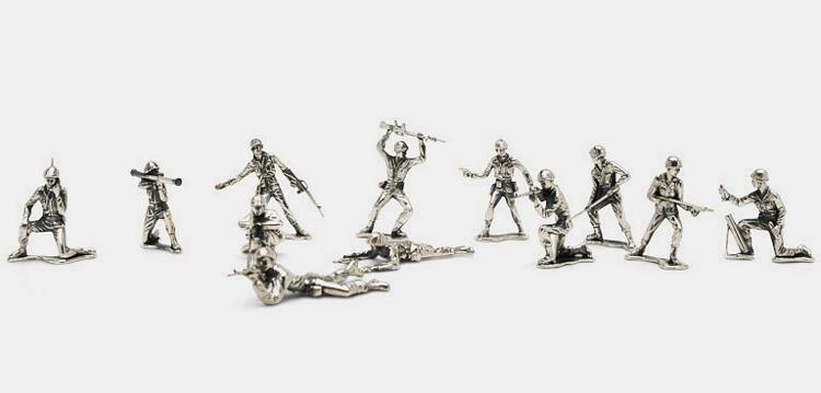 silver-army-men-2