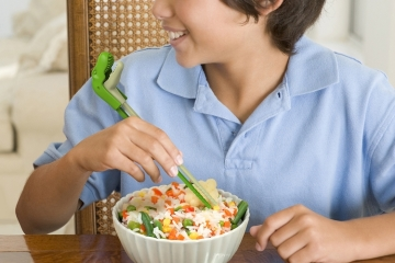 munchtime-chomping-chopsticks-2