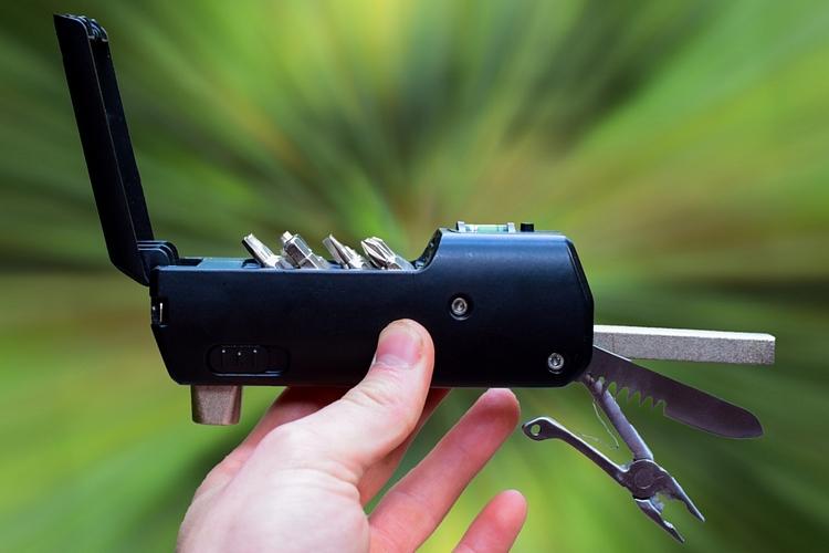 zeus-handy-tool-1