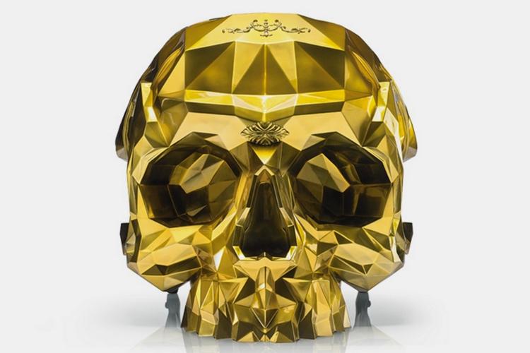 24k-gold-skull-armchair-2