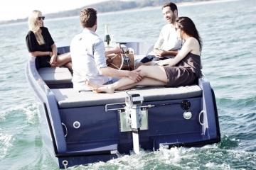 rand-picnic-boat-4