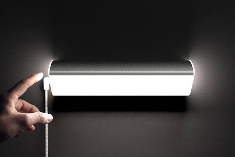 tack-light-1