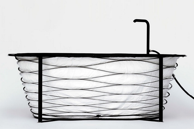 xtend-collapsible-bathtub-1