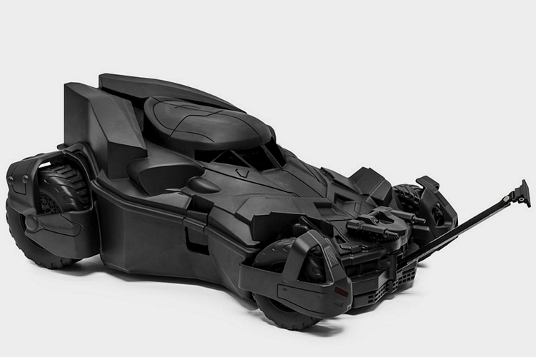 batmobile-kids-travel-case-1
