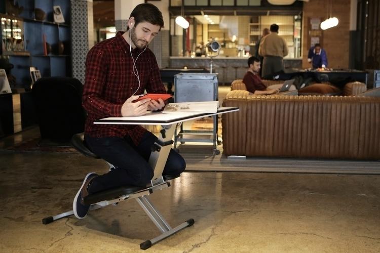 edge-desk-1