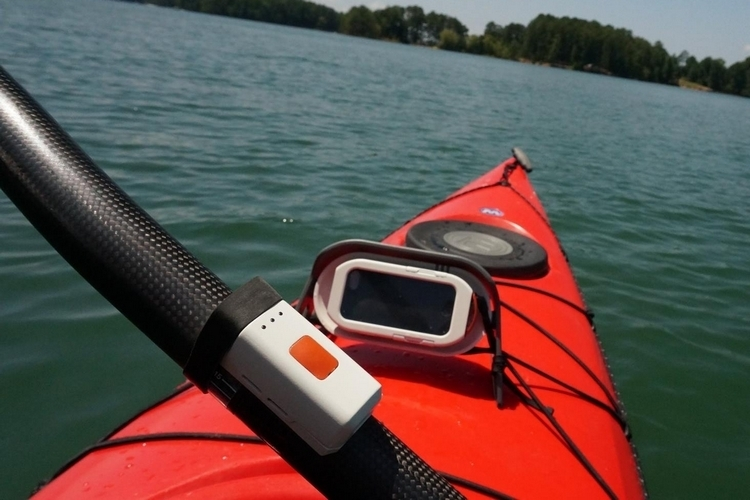 motionize-kayak-paddle-sensor-3