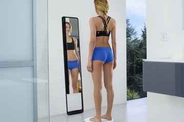 naked-3D-fitness-tracker-1