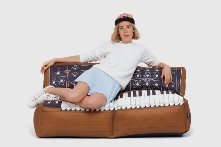 sofa-moog-beanbag-chair-3