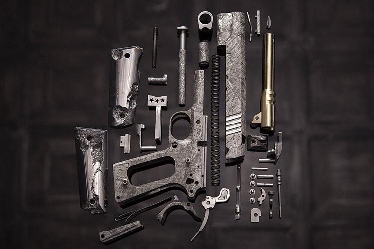 cabot-guns-big-bang-pistol-set-3