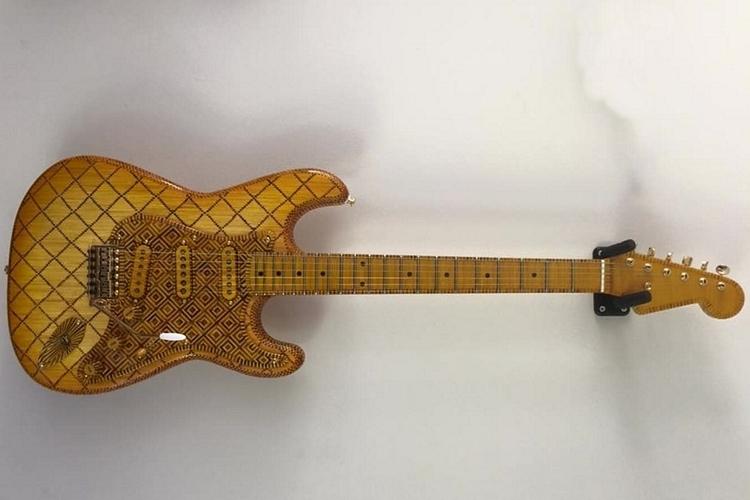 matchstick-stratocaster-1