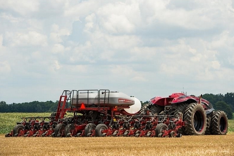 cnh-magnum-autonomous-tractor-3