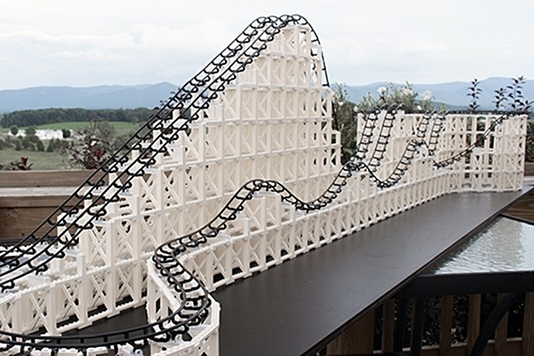 cyclone-roller-coaster-model-kit-3