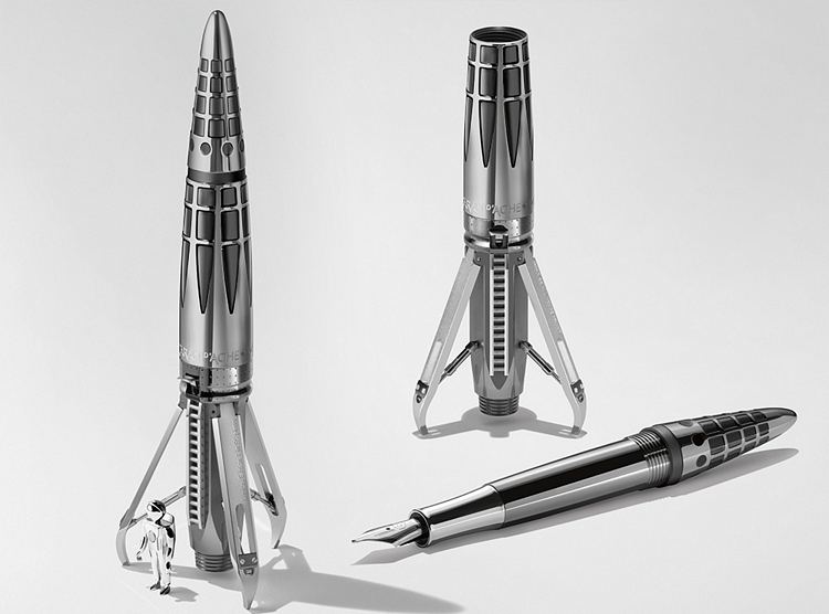 8aaaddb315a6d MB F Made An Elaborate Pen That Looks Like A Space-Faring Rocket