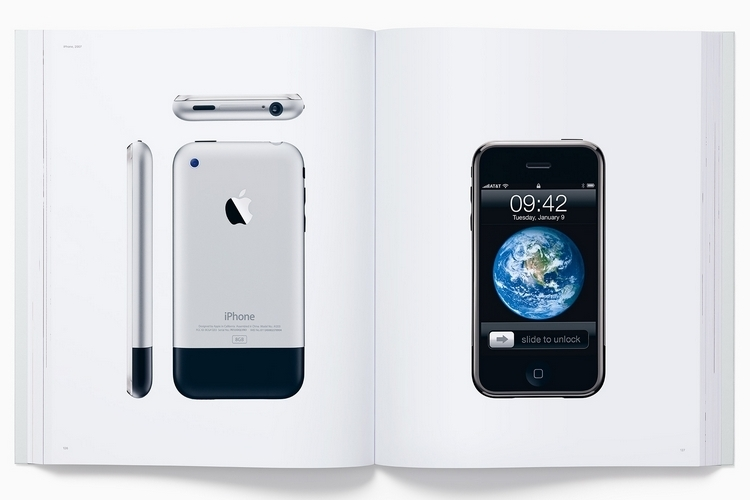 designed-by-apple-in-california-hardcover-3