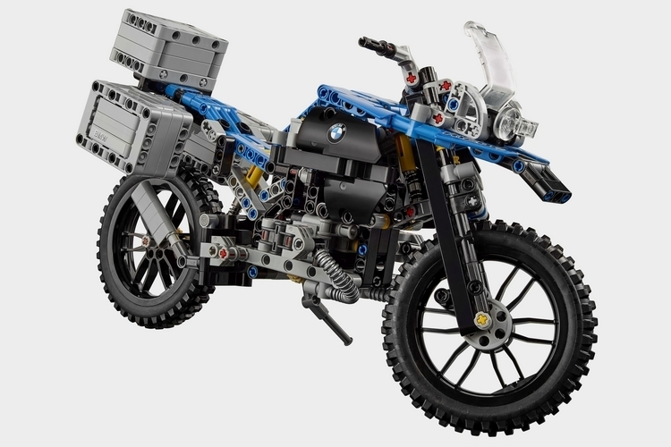 lego-technic-bmw-r-1200-gs-1