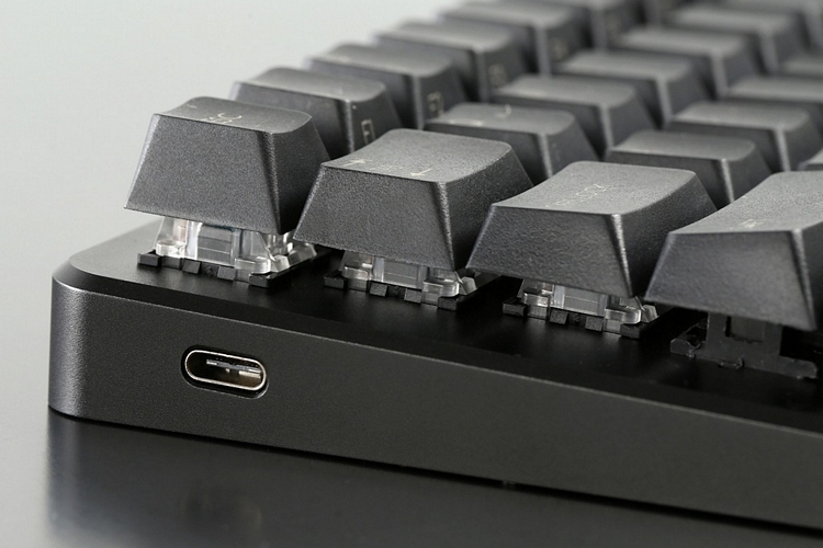massdrop-001-z70-mechanical-keyboard-3