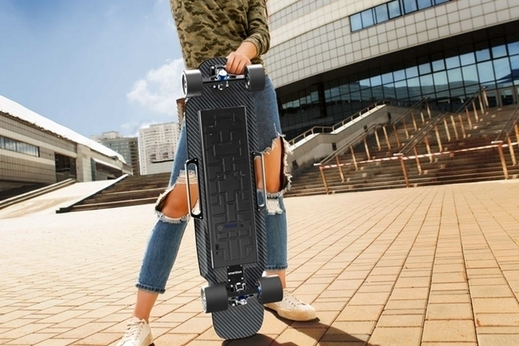 raptor-2-electric-skateboard-3