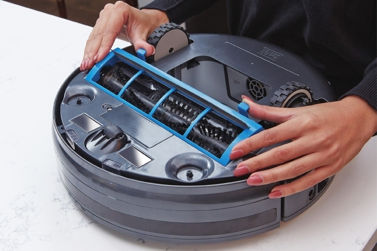 black-decker-smartech-robotic-vacuum-3