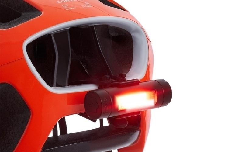 fabric-flr30-bicycle-brake-light-1