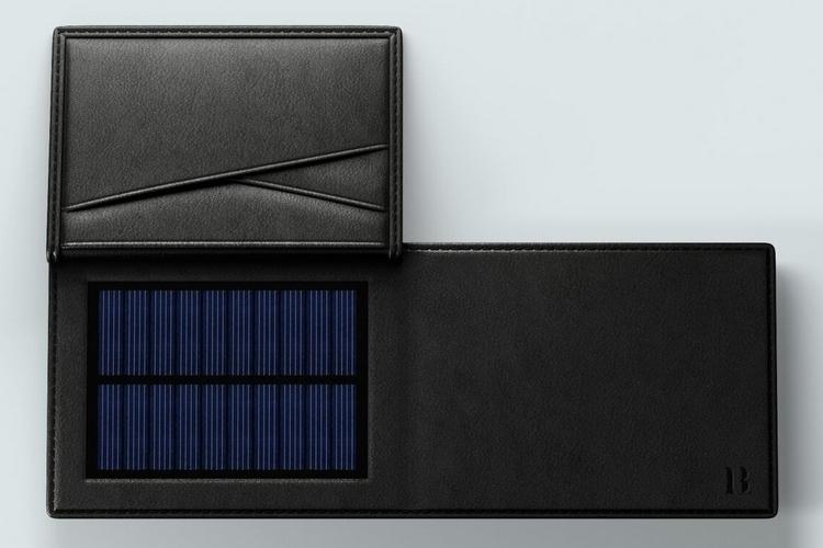 lucca-bozzi-solar-wallet-2