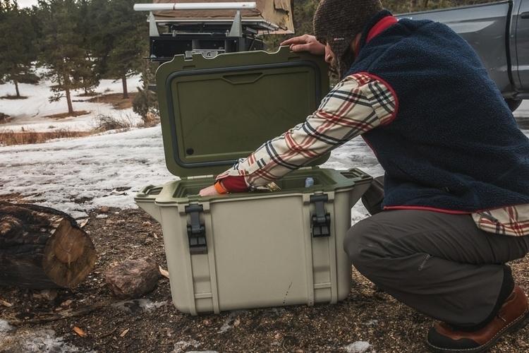 otterbox-venture-cooler-2