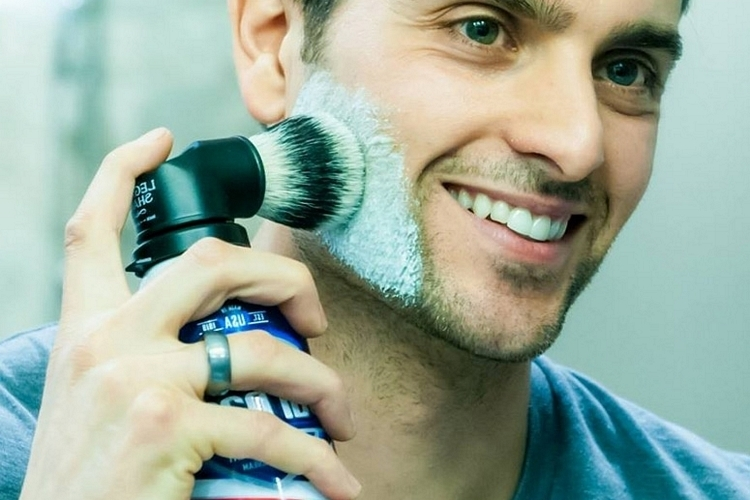 legacy-shave-evolution-brush-2