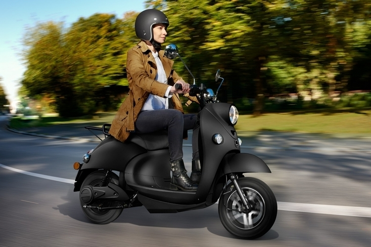 unu-electric-scooter-2