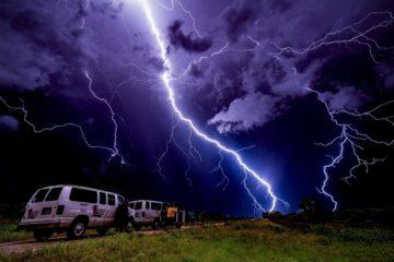 extreme-tornado-tours-1