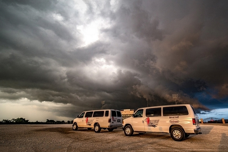 extreme-tornado-tours-2